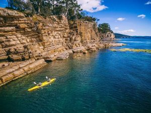 @adventuretasmania and Roaring 40s Kayaking